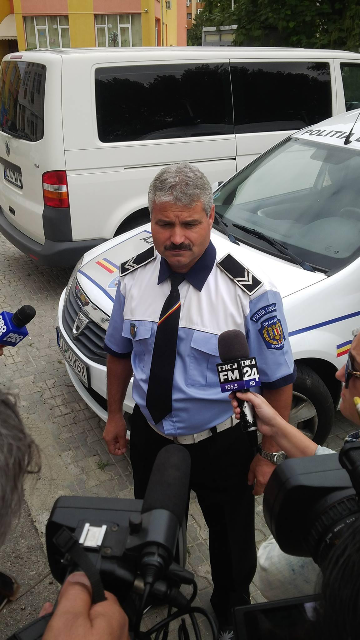 Polițist local, târât cu mașina princentrul Craiovei
