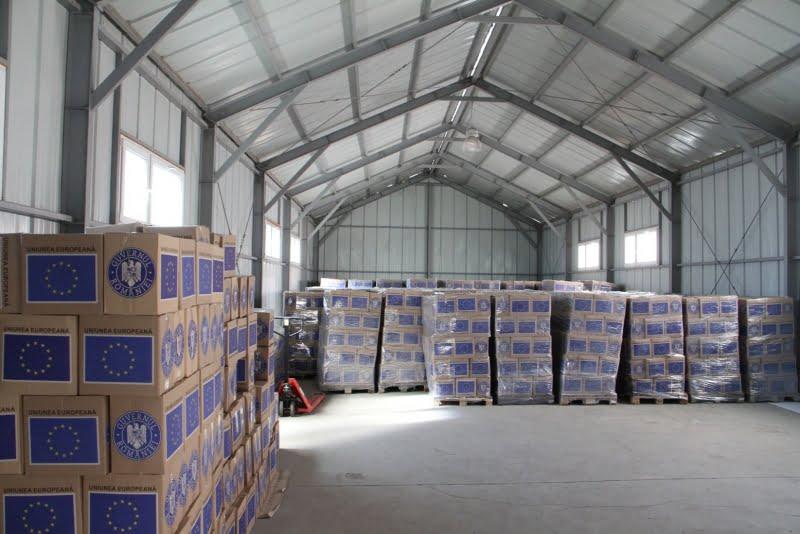 Începe distribuirea alimentelor pentru râmnicenii cu venituri reduse