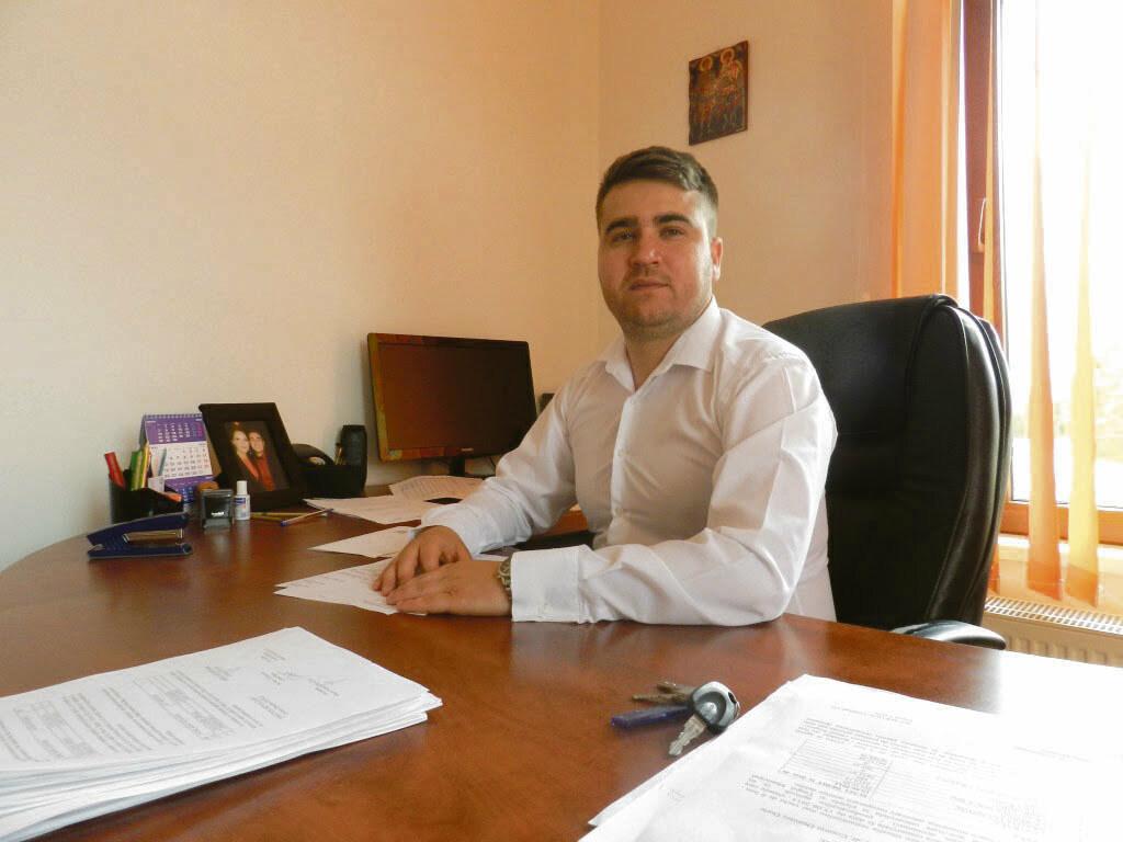 Cosmin Durle, singur pe post pentru funcţia de administrator public al judeţului