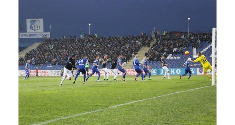 Pandurii – Craiova, derbiul Olteniei, se joacă din prima etapă a campionatului