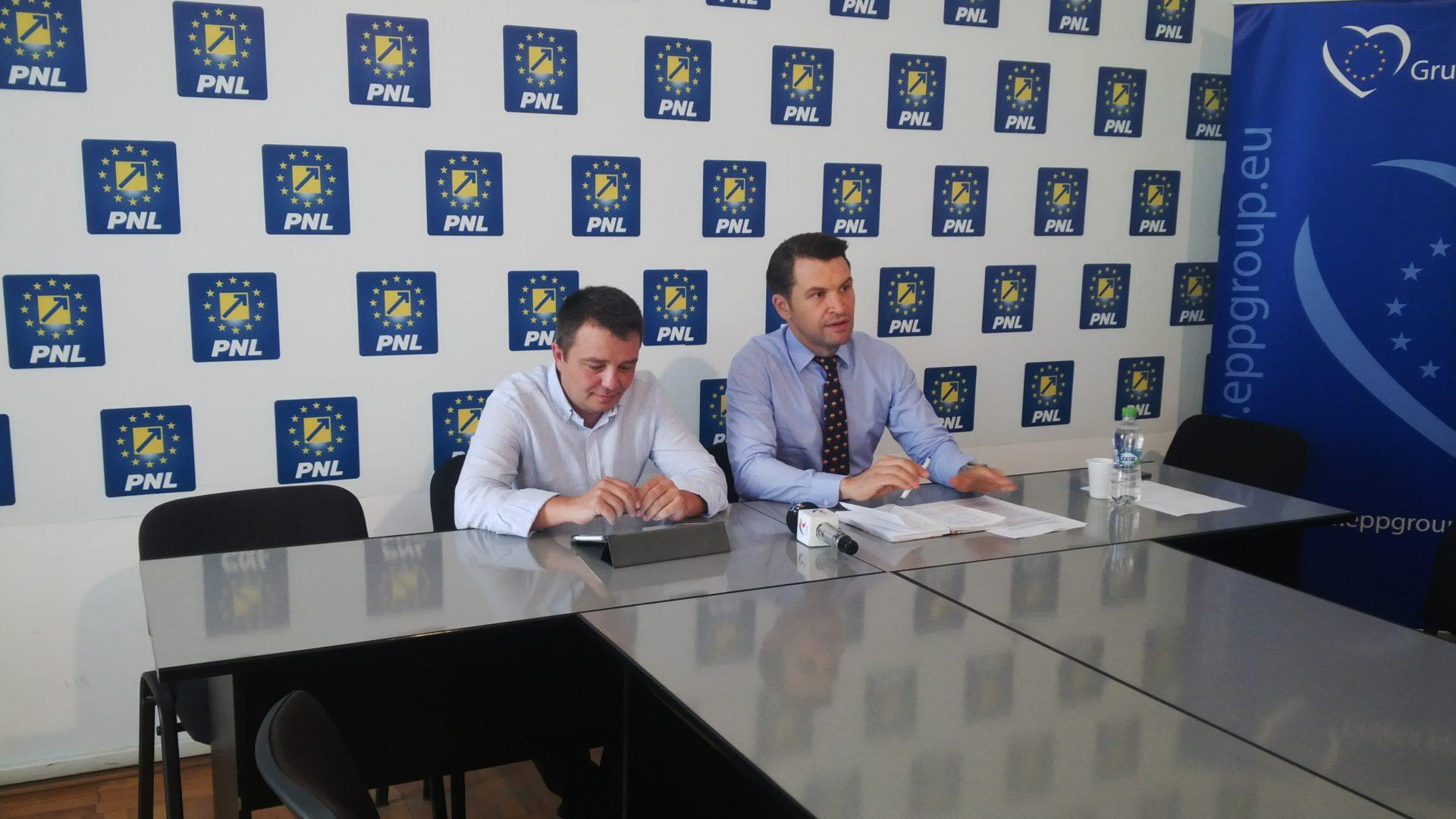 """Mărinică Dincă: """"Primarul Craiovei este demolatorul clădirii Colegiului 'Carol I'"""""""