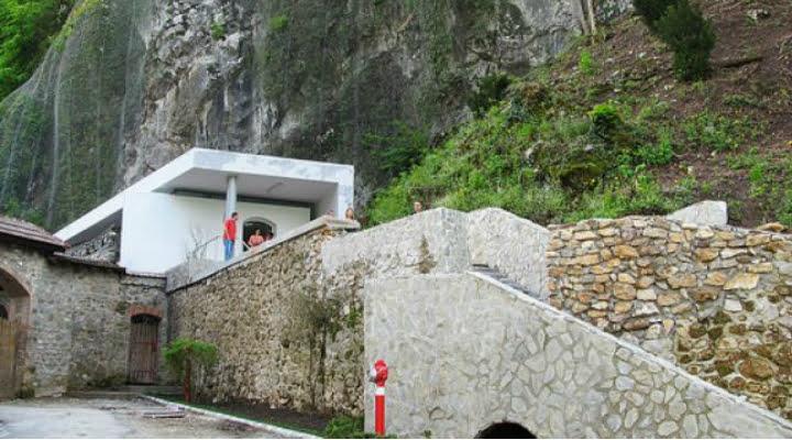 Muzeul Tezaurului, închis după inaugurare