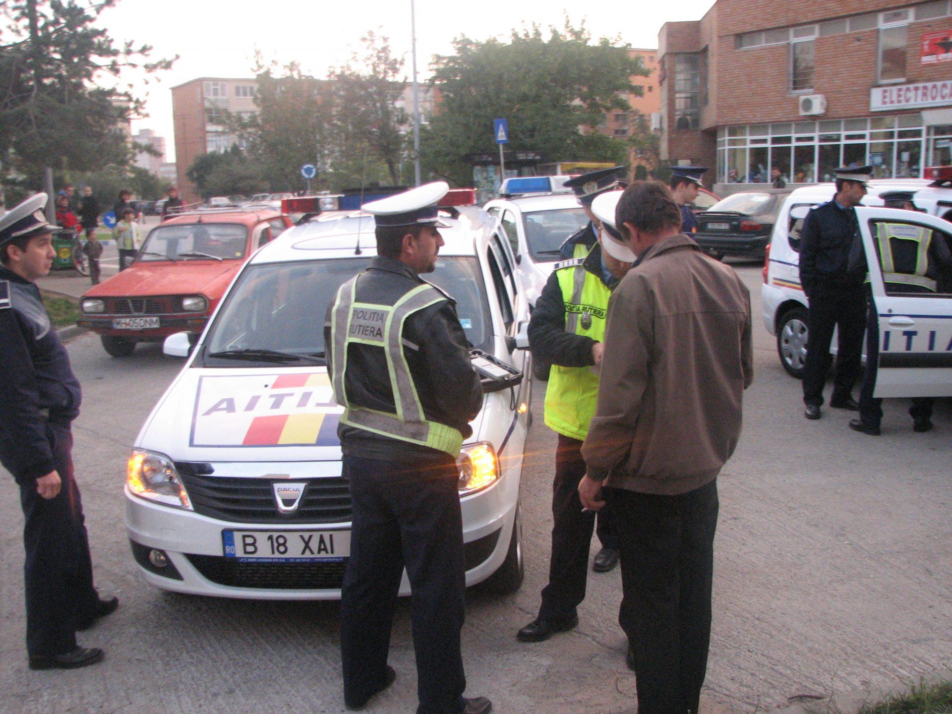 Poliţia Rutieră Mehedinţi face ravagii: 32 de premise auto reţinute