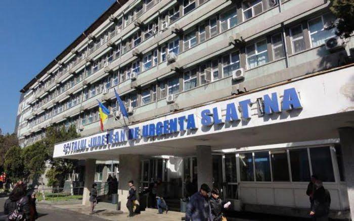 Conducerea SJU Slatina, la discuţii cu pacienţii