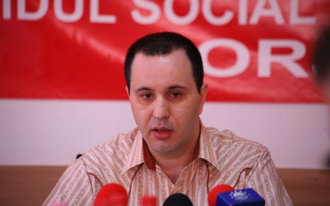 Începe procesul fostului prefect de Gorj, acuzat de infracţiuni de corupţie