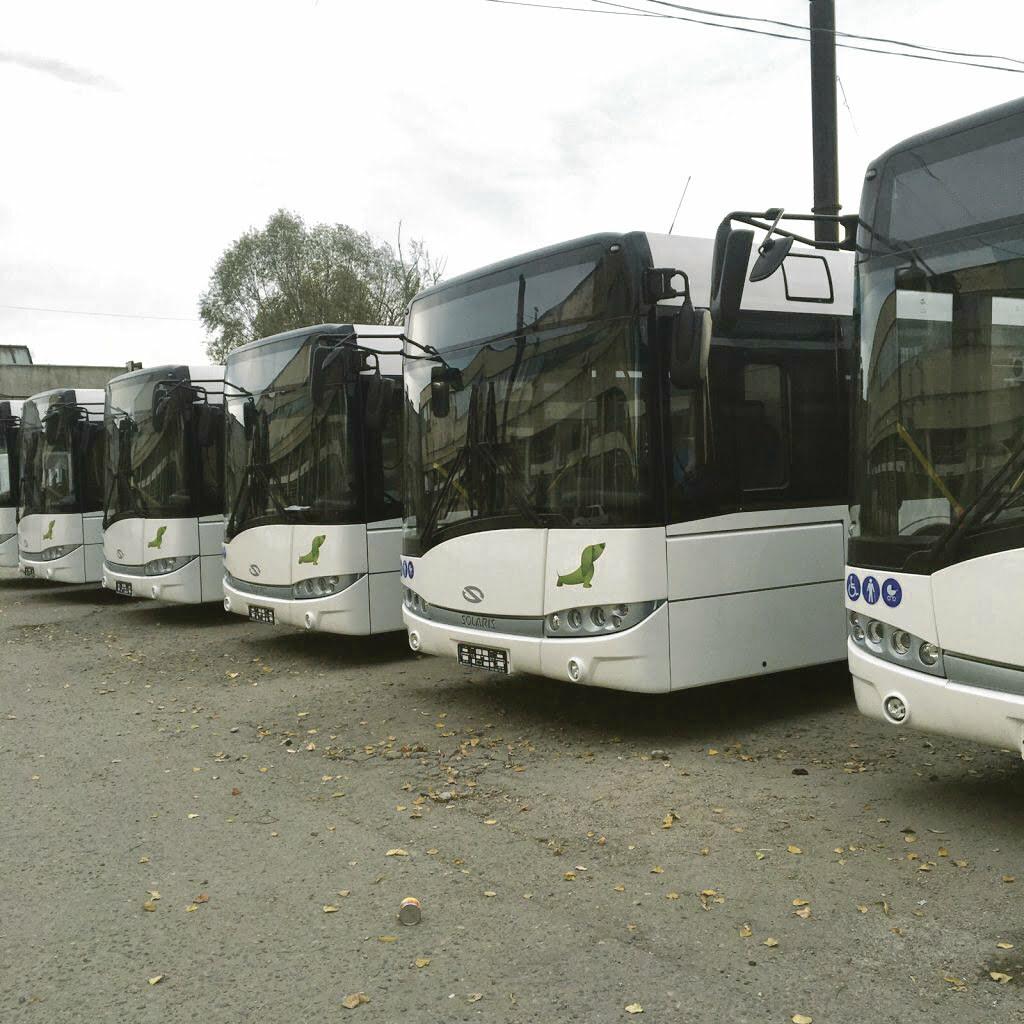 """Primăria Craiova cumpără """"aproximativ"""" 35 de autobuze"""
