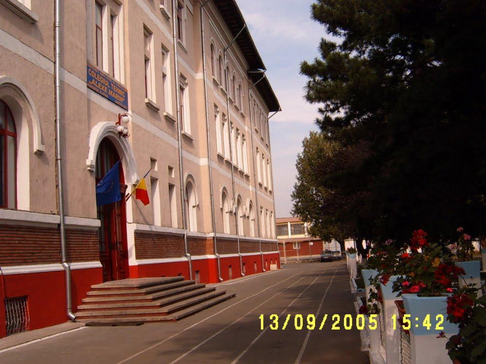 UPDATE/VIDEO/Elev din Olt, batjocorit de colegi