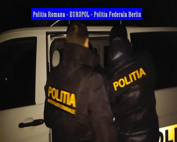Grupare infracţională din Dolj, care acţiona în Germania, destructurată de poliţişti