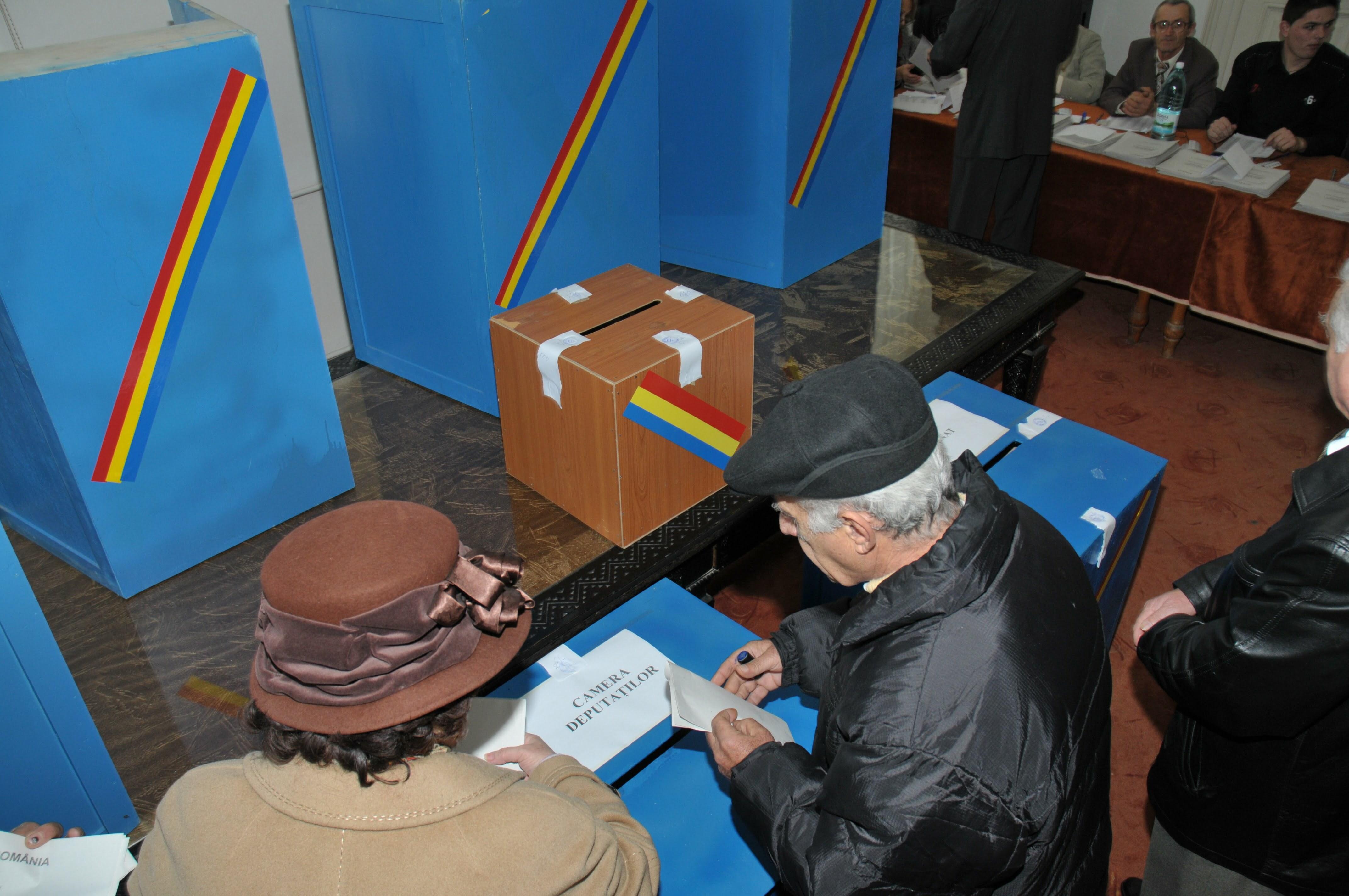 La Mehedinţi, UDMR se află pe primul loc pe buletinul de vot