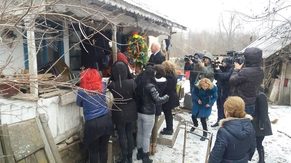 Pachete pentru 50 de familii nevoiaşe din Târgu Jiu