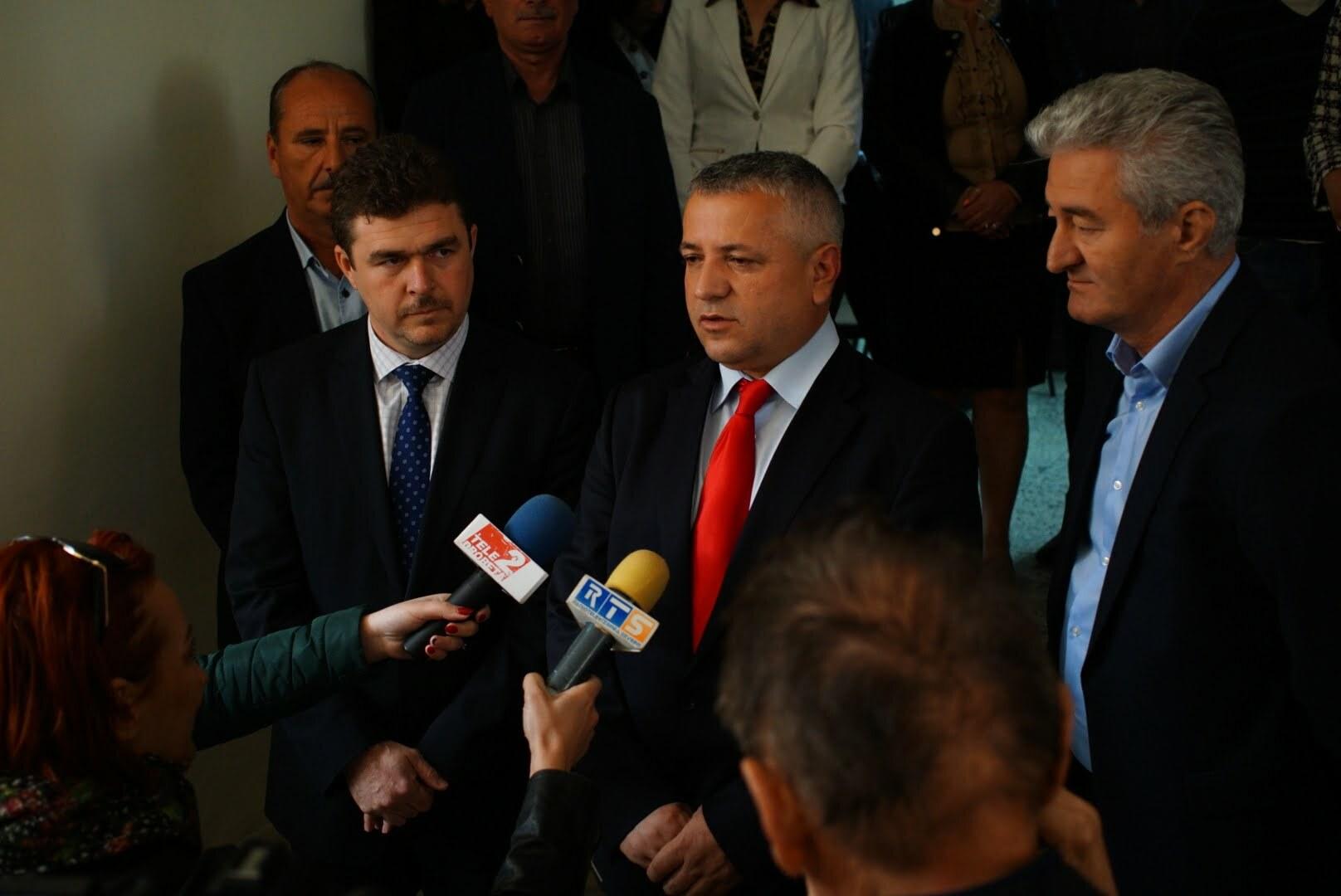 Severin: Primarul Marius Screciu nu măreşte birul