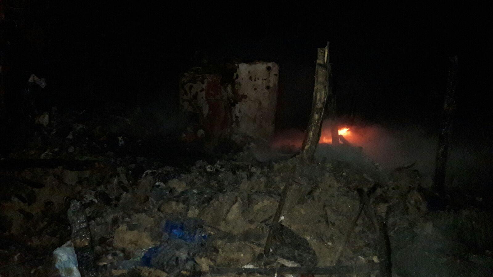 Un bărbat a murit , iar altă familie și-a piedrut bunurile în incendiu