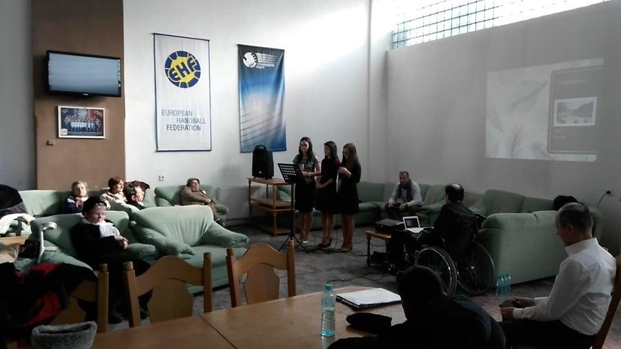 """""""Ridică-te şi Umblă!"""" – întâlnire dedicată persoanelor cu dizabilităţi"""