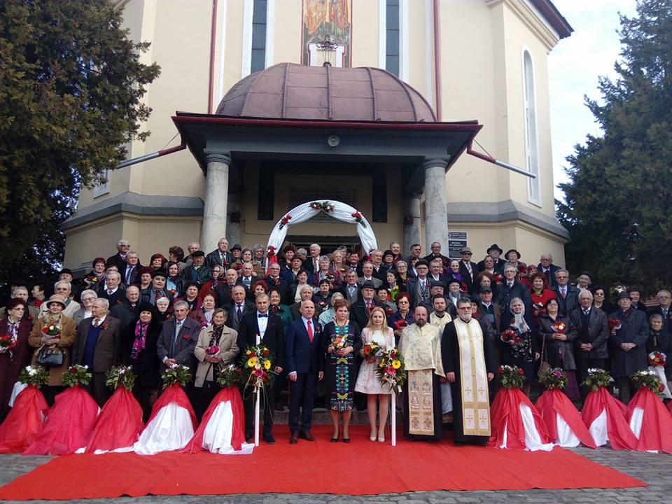 Zeci de cupluri din Târgu Jiu au sărbătorit nunta de aur