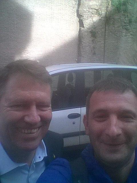 Petre Cojocaru, corespondentul Jurnalul Olteniei la Roma, selfie cu Președintele