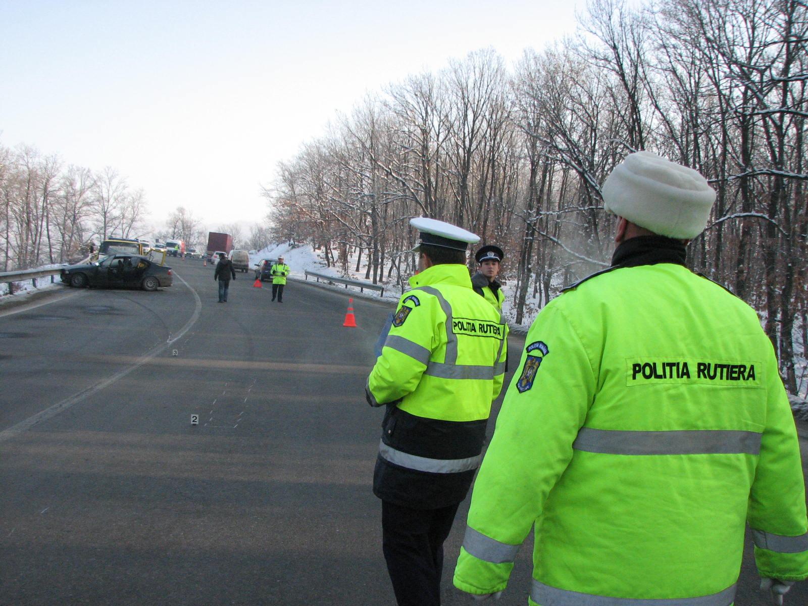 Olt. Peste 300 de poliţişti, la datorie, de Paşte
