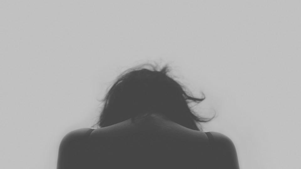 Depresia: Rupe bariera tăcerii
