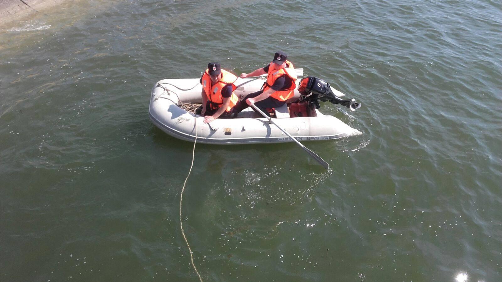 Cadavrul unui paznic, găsit plutind în zona Podului Olt