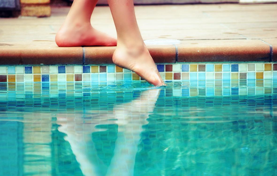 Apa din ştranduri şi piscine, la control