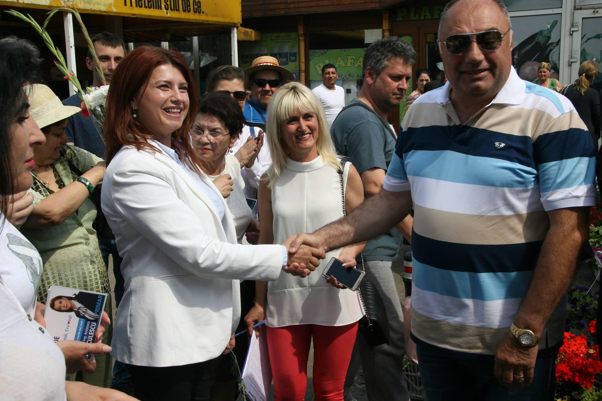 ANTONIE SOLOMON VOTEAZĂ CU ANIȘOARA STĂNCULESCU (ALDE)