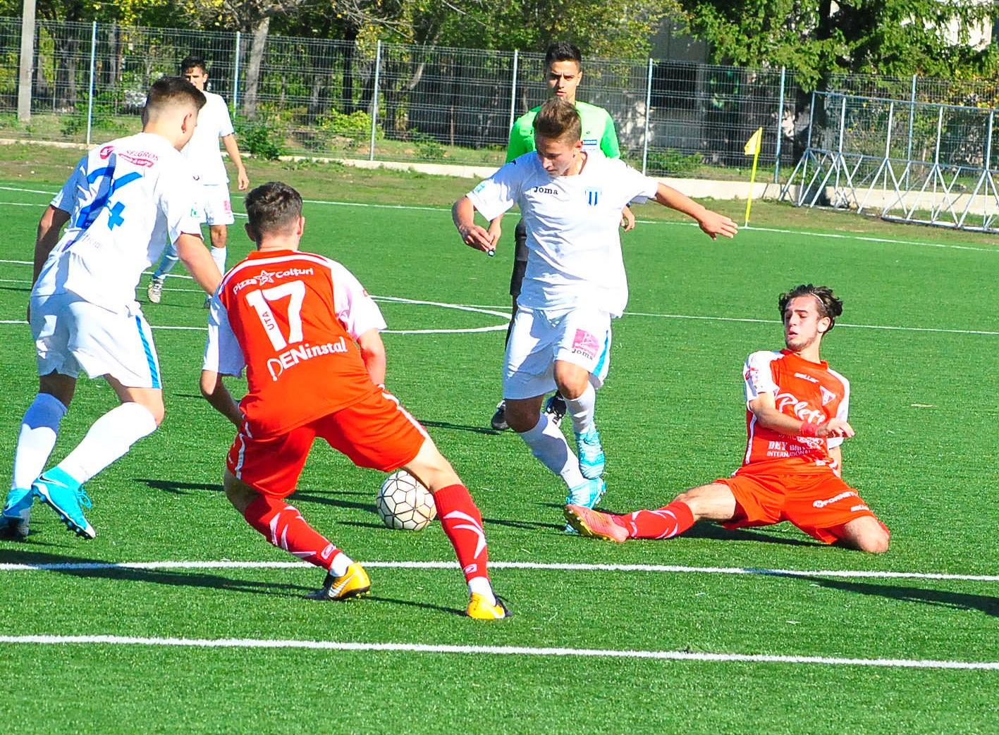 Liga Elitelor /Remiză cu 6 goluri