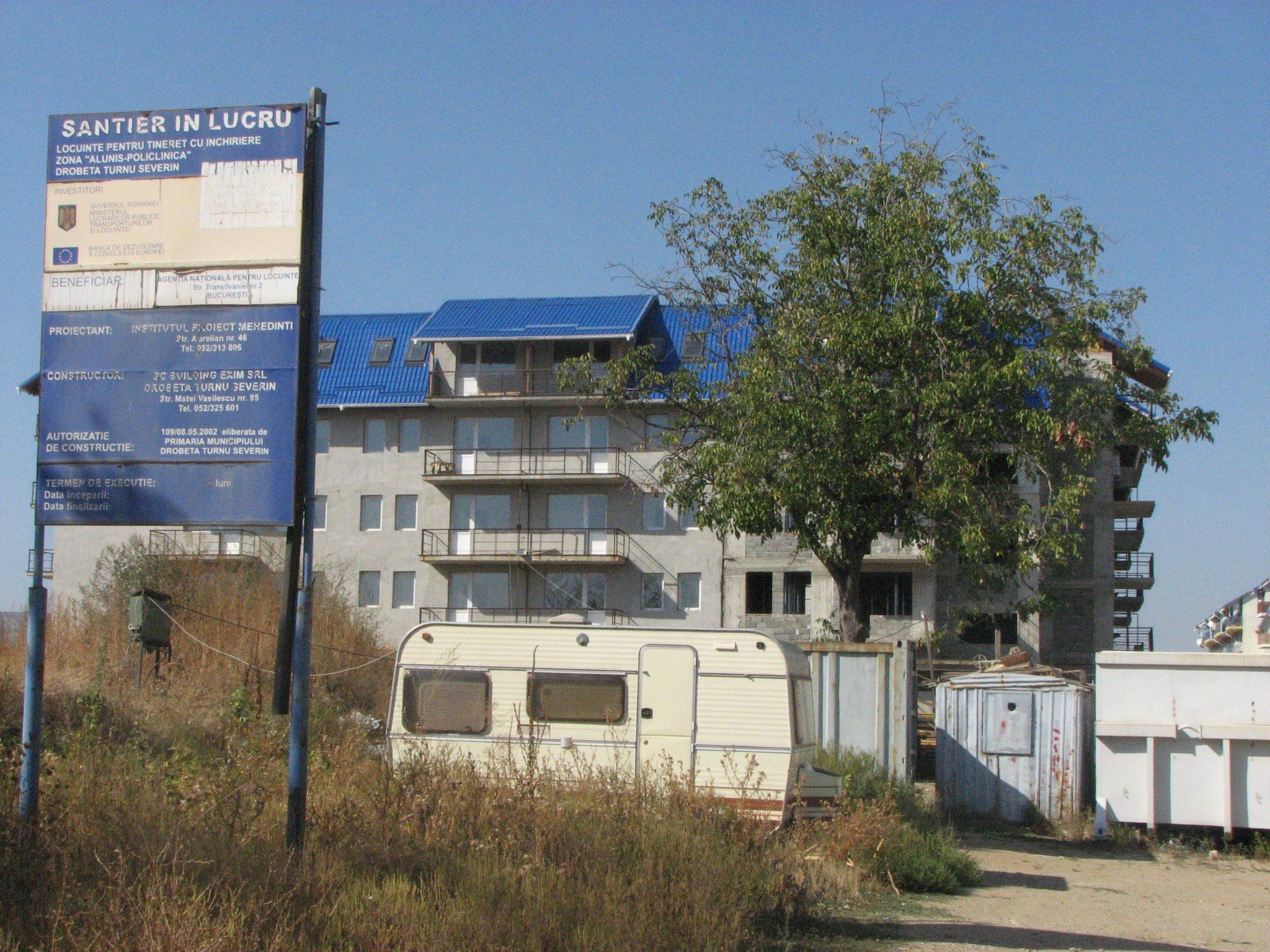 Marea nesimțire! La Severin, locuințele ANL nu-s gata nici după 10 ani!