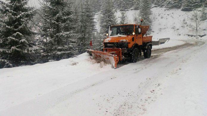 Autoritățile cu ochii pe zona montană Rânca. Turiștii se bucură din plin de zăpadă