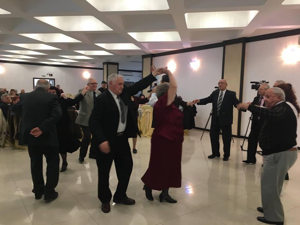 32 de cupluri din Craiova au sărbătorit nunta de aur
