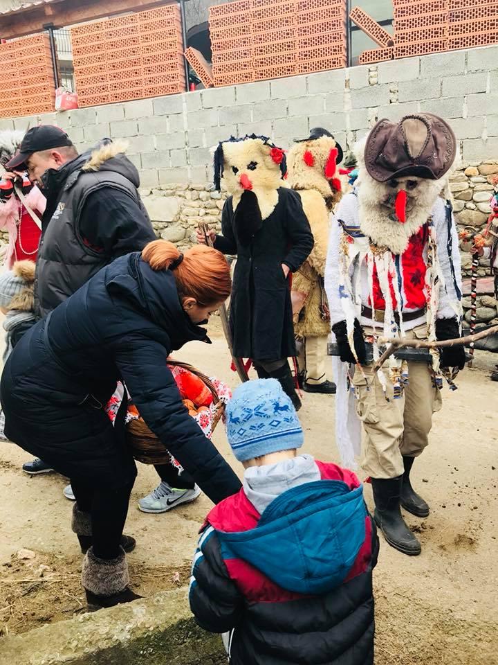 Obiceiul pițărăilor, păstrat în multe sate din județul Gorj