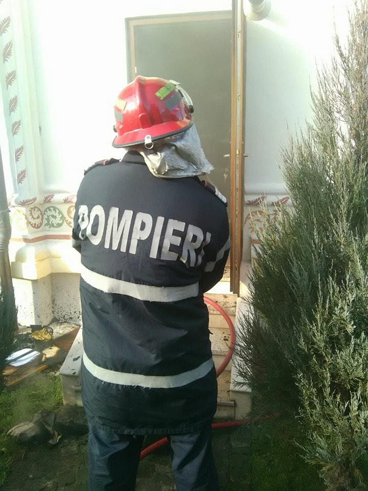 Incendiu la o biserică din Craiova