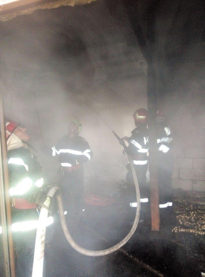 Sute de incendii, anul trecut, în judeţul Vâlcea. Nouă oameni au murit