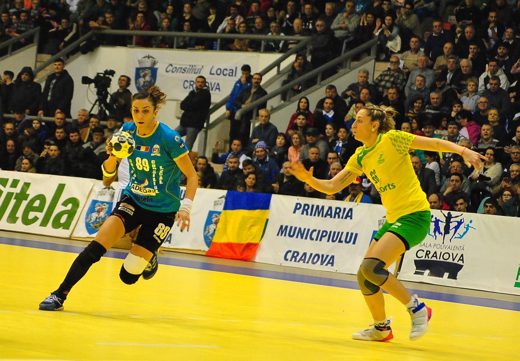 Handbal (F), Cupa EHF/ Cu Florianu au bãtut Kubanu'