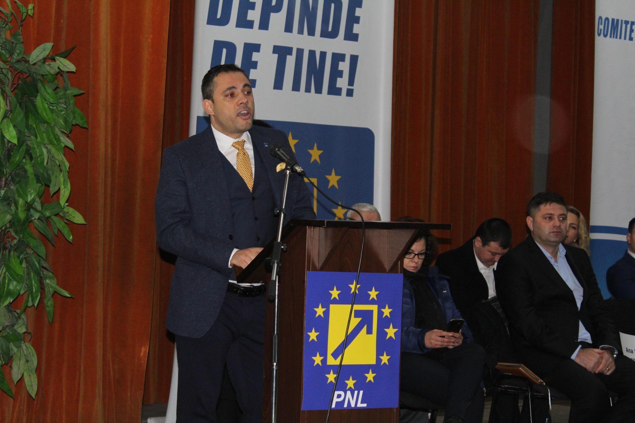 Liviu Voiculescu, ales preşedinte al PNL Olt