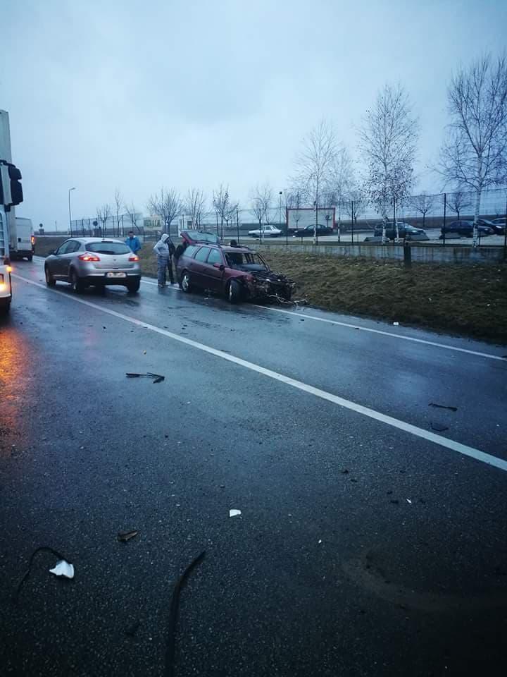 VIDEO/Accident cu victime la intrarea în Balș dinspre Craiova