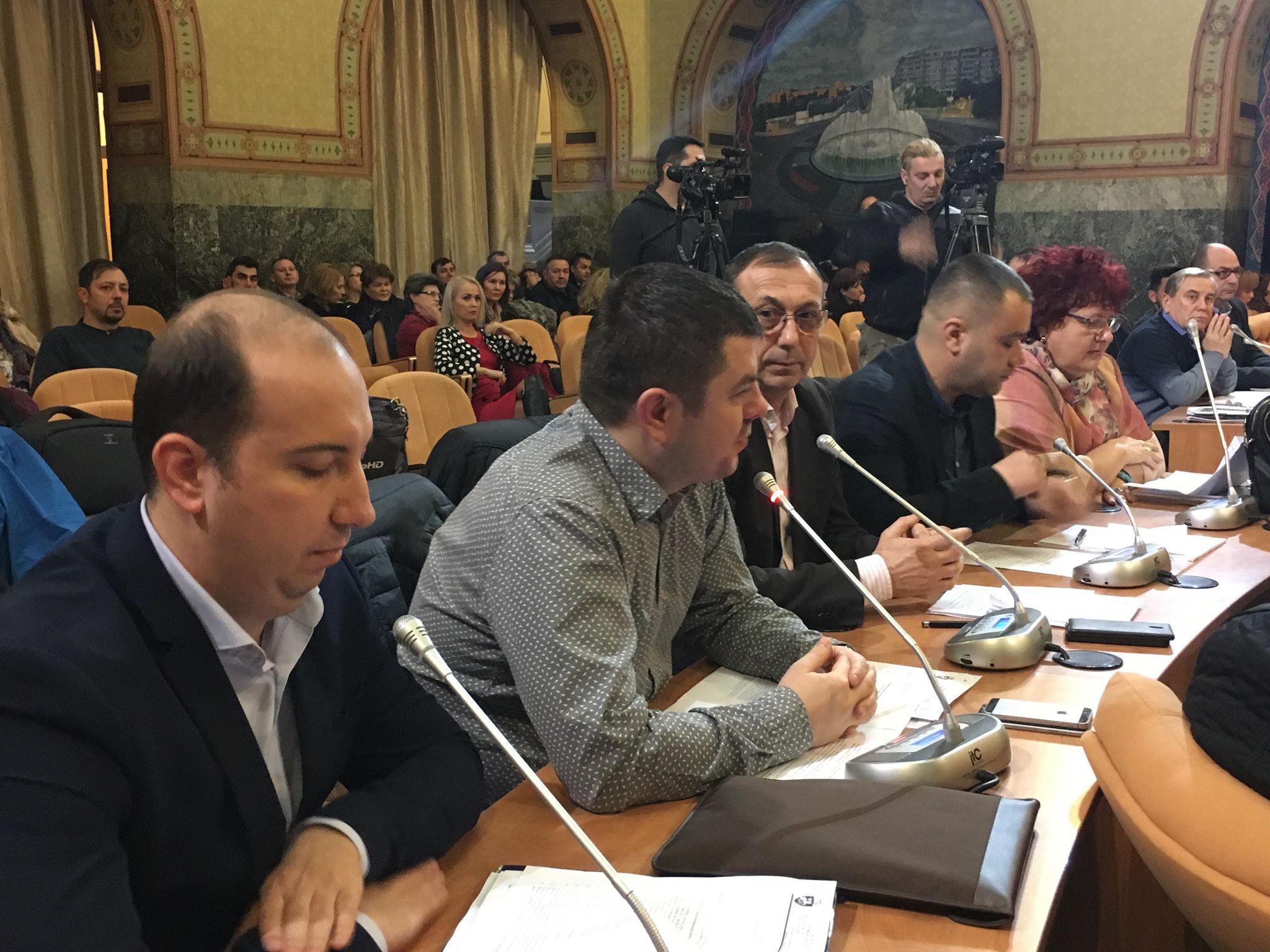Liberalii şi consilierul ALDE, vot împotriva bugetului Craiovei