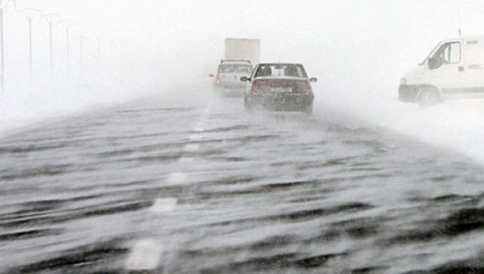 Codul PORTOCALIU de ninsori şi viscol se prelungeşte până pe 2 martie