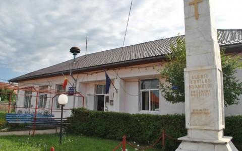 Un angajat al Primăriei Mușetești a murit în timpul serviciului