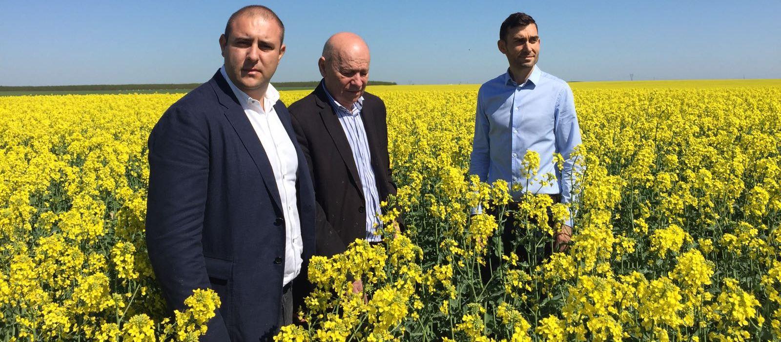 Fermierii din Olt, vizitați de oficiali de la Ministerul Agriculturi