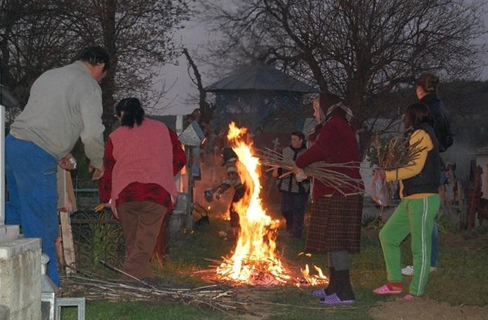 Obiceiuri şi tradiţii olteneşti de Paşti