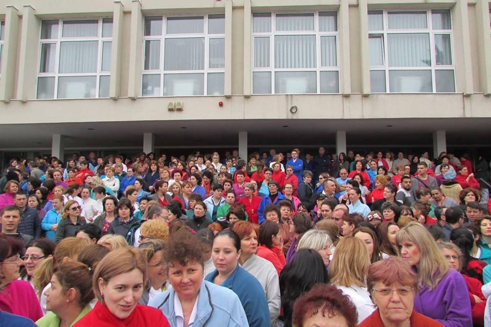 Protest la Spitalul Clinic Județean de Urgență Craiova. Reducerea sporurilor a afectat sute de lefuri