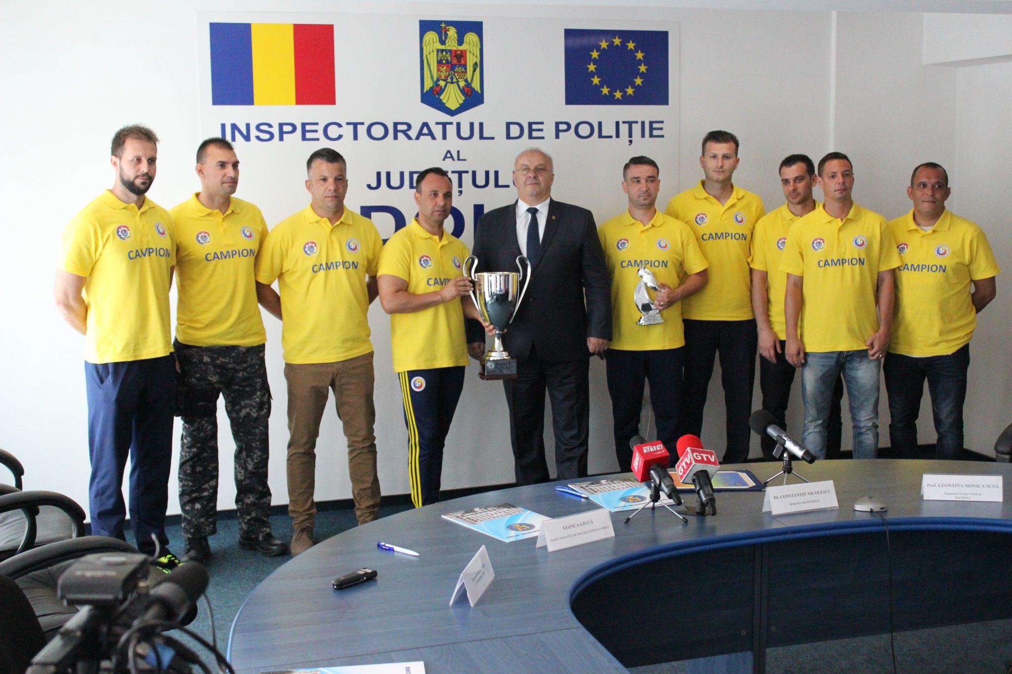 Polițiștii doljeni, din nou, campioni la fotbal