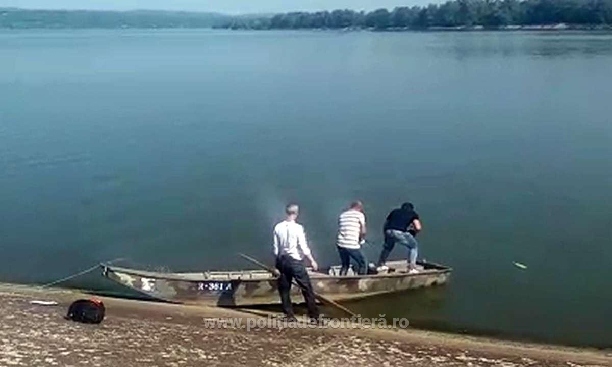 VIDEO/ Trei albanezi, prinși după ce au trecut ilegal granița
