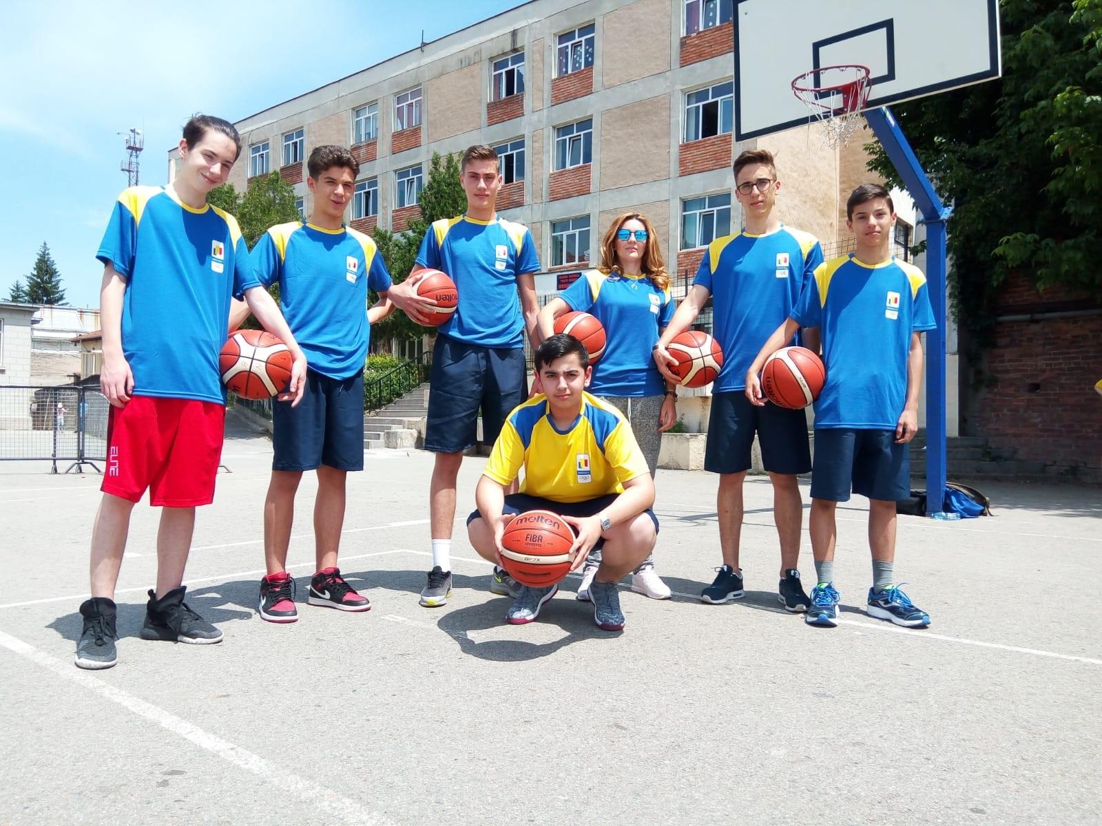 Foto&Video/ Tineri cu care ne mândrim. Elevii de la Buzești, rezultate promițătoare la Olimpiada Gimnaziilor