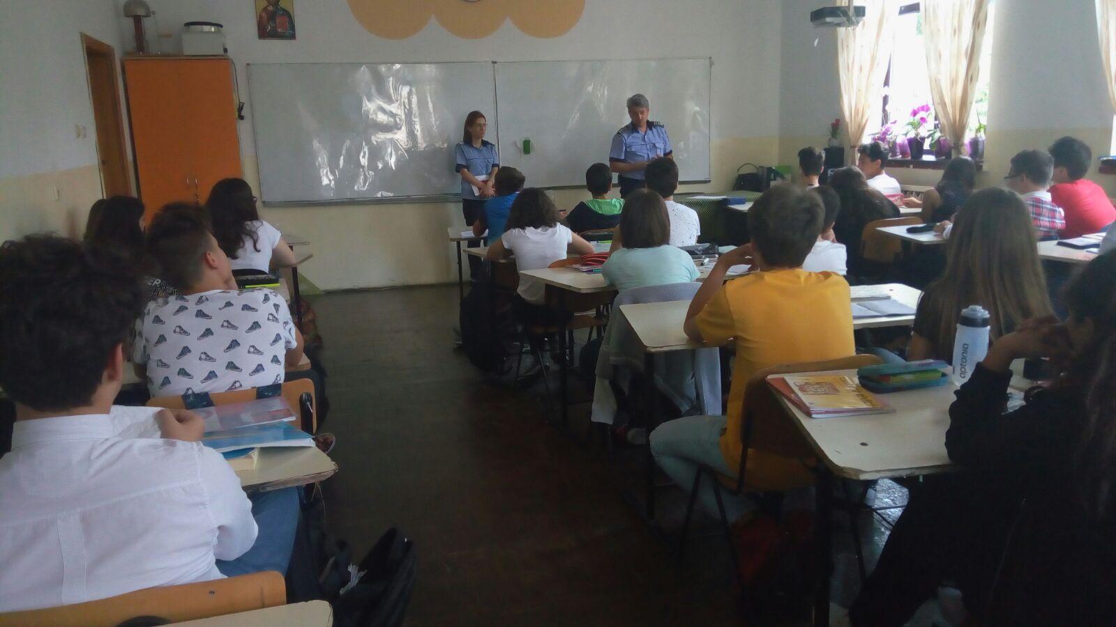 Săptămâna prevenirii criminalității în şcolile din Slatina
