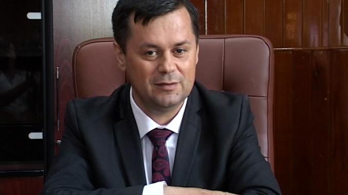 Primarul Târgu-Jiului, audiat la DNA Craiova