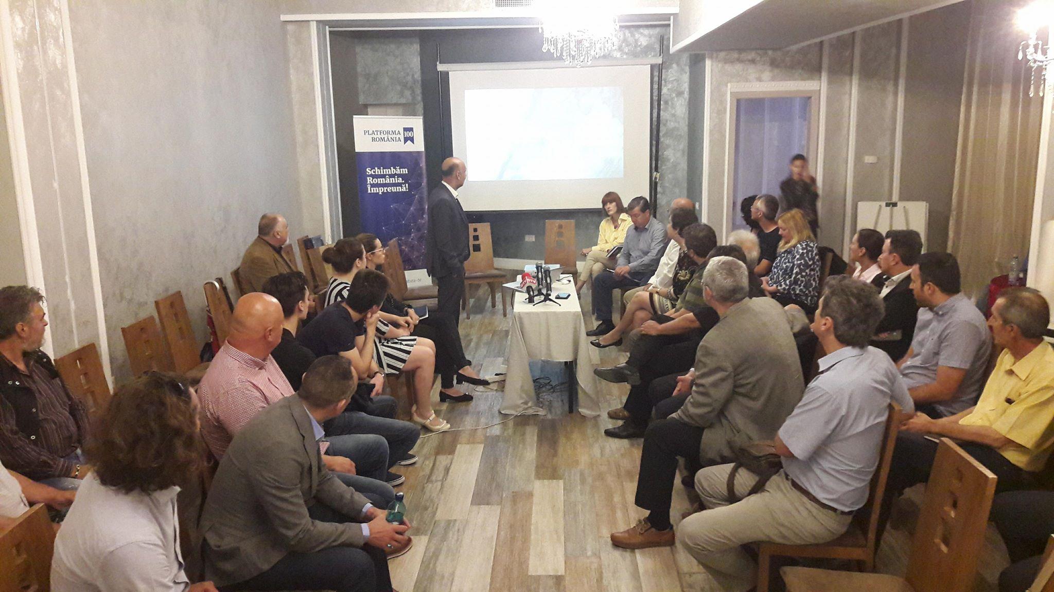 Bubele din învățământ și soluții pentru un act educațional de calitate, dezbătute la Craiova