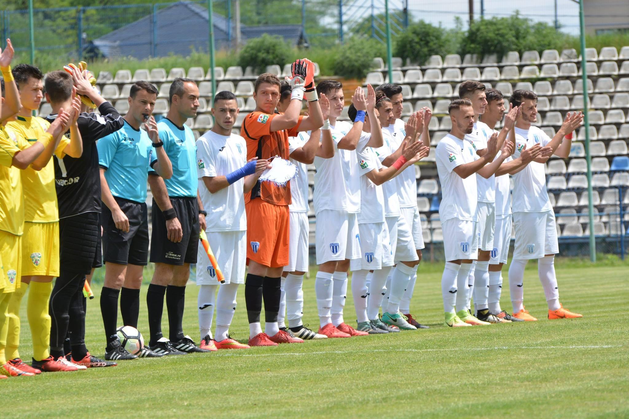 Trupa lui Bon vrea să calce pe urmele echipei mari și să mai aducă un trofeu în Bănie