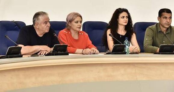 De la şefia organizaţiei de femei a PNL, la cea a organizaţiei de la ALDE
