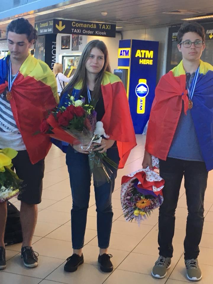 Olimpica de aur s-a întors acasă