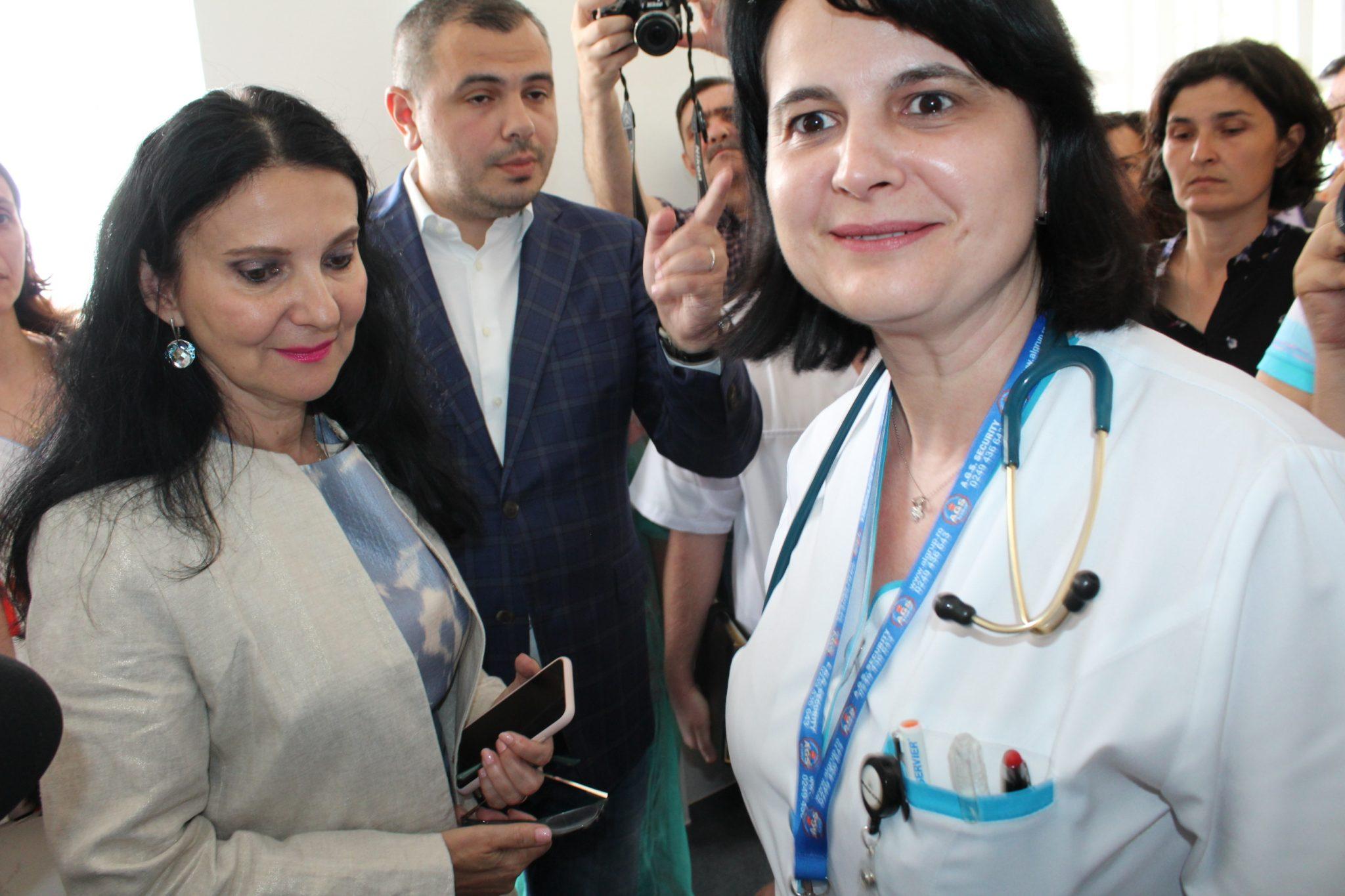 Ministerul Sănătății cumpără o mie de incubatoare